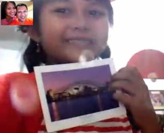 Memadukan Skype dan kartu pos :)