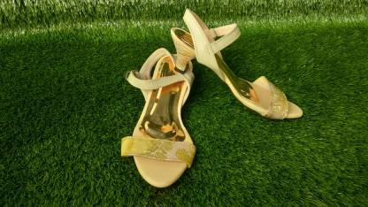 Sepatu7